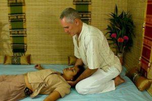 massaggio thai cervicale